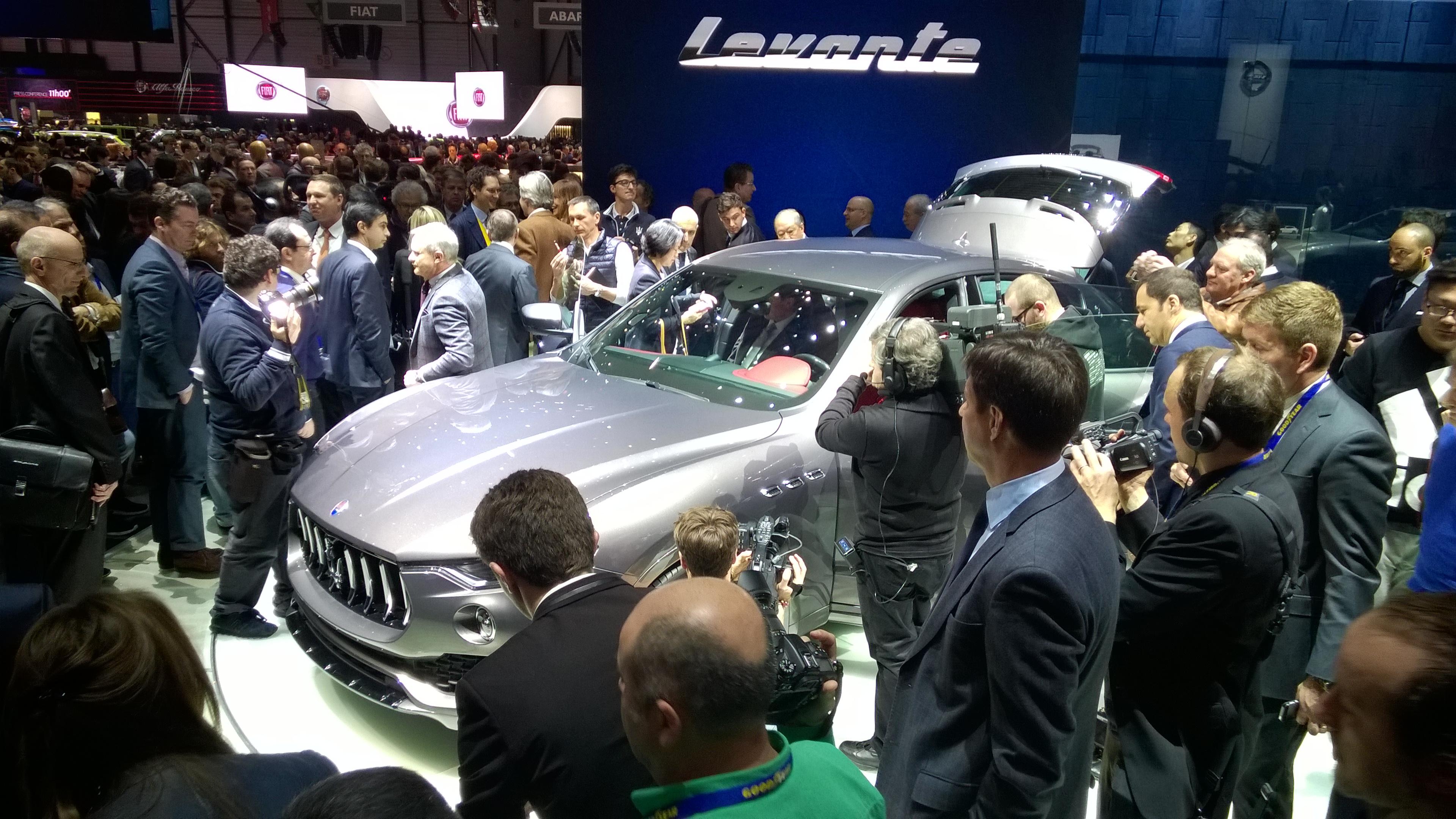 Maserati reveals the Levante SUV in Geneva 2016